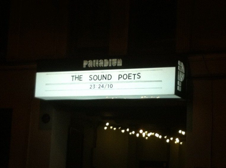 The Sound Poets fanu galerija